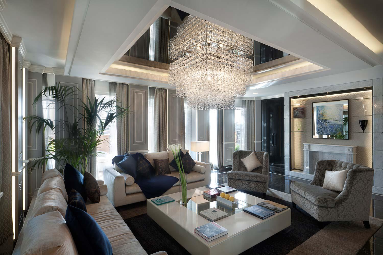 13_Roman_Penthouse_living