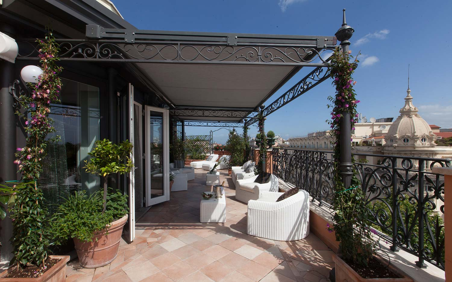 18_Roman_Penthouse_private_terrace