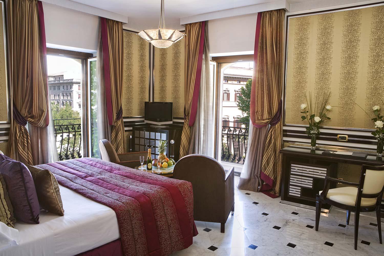 5_Regina_Hotel_Baglioni_Grand_Deluxe_Room