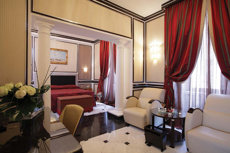 Regina_Hotel_Baglioni 13